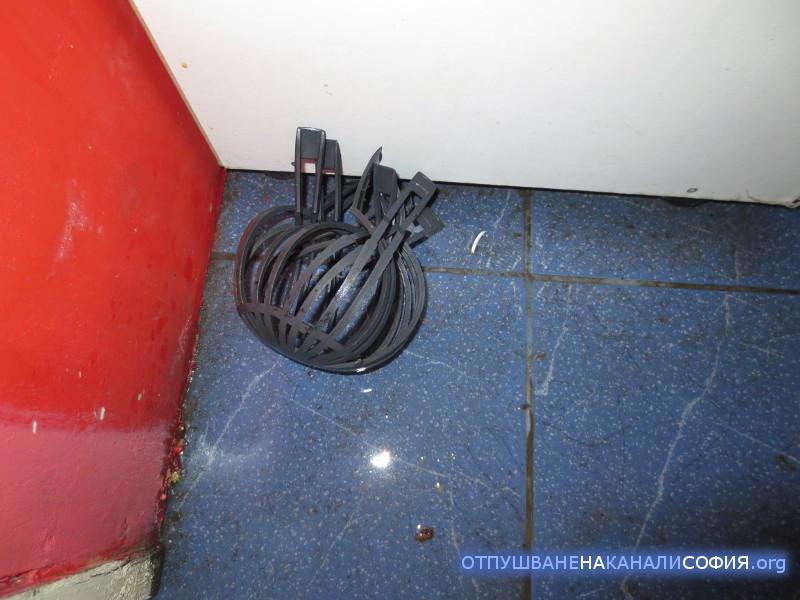 кошничка за предпазване навлизане на боклуци в щранга